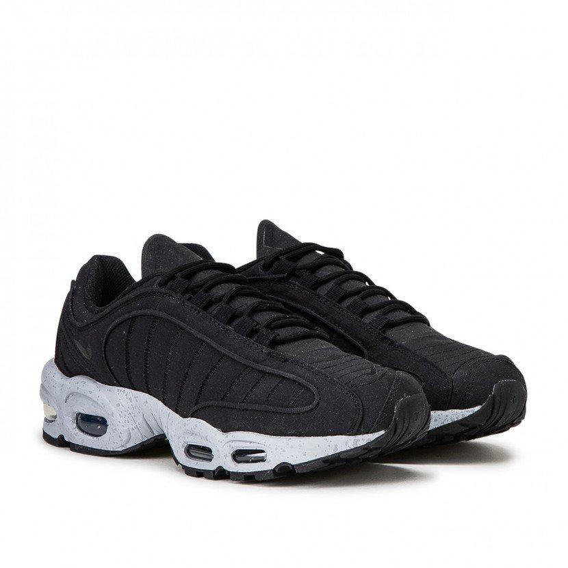 25% auf alle Sale Produkte bei Allike | Sneaker, Nike, Adidas uvm., z.B. NIKE Air Max Tailwind IV SP