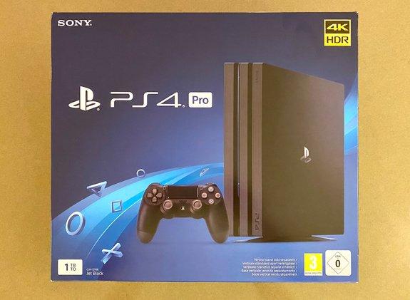 SONY PLAYSTATION 4 (PS4) PRO 1TB JET BLACK für 269€ inkl. Versandkosten