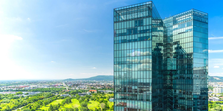 1 Übernachtung für 2 Personen im Holiday Inn Vienna South mit Panoramablick & Frühstück in der 22. Etage inklusive | bis Mai 2020 buchbar