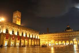 Bologna: 4 Nächte im 4 Sterne Hotel & Hin und Rückflug von Stuttgart für 2 Personen für 206€ im Januar