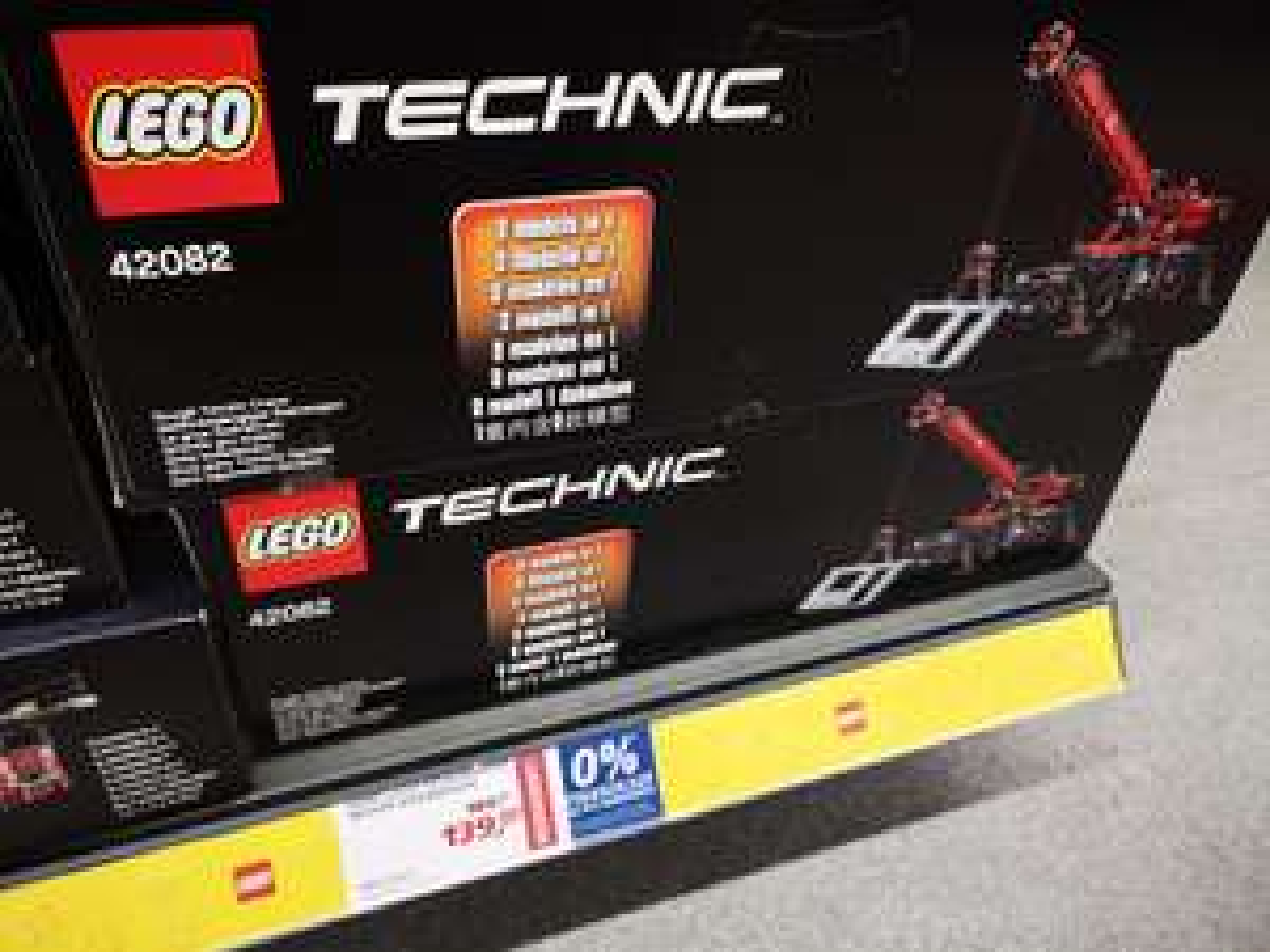 (Lokal) Bielefeld Brackwede bei Real - Lego Geländegängiger Kranwagen 42082