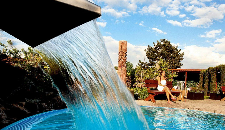 Tageskarte für 2 Personen für die Bade- und Saunalandschaft im Aqualand (42% sparen*)
