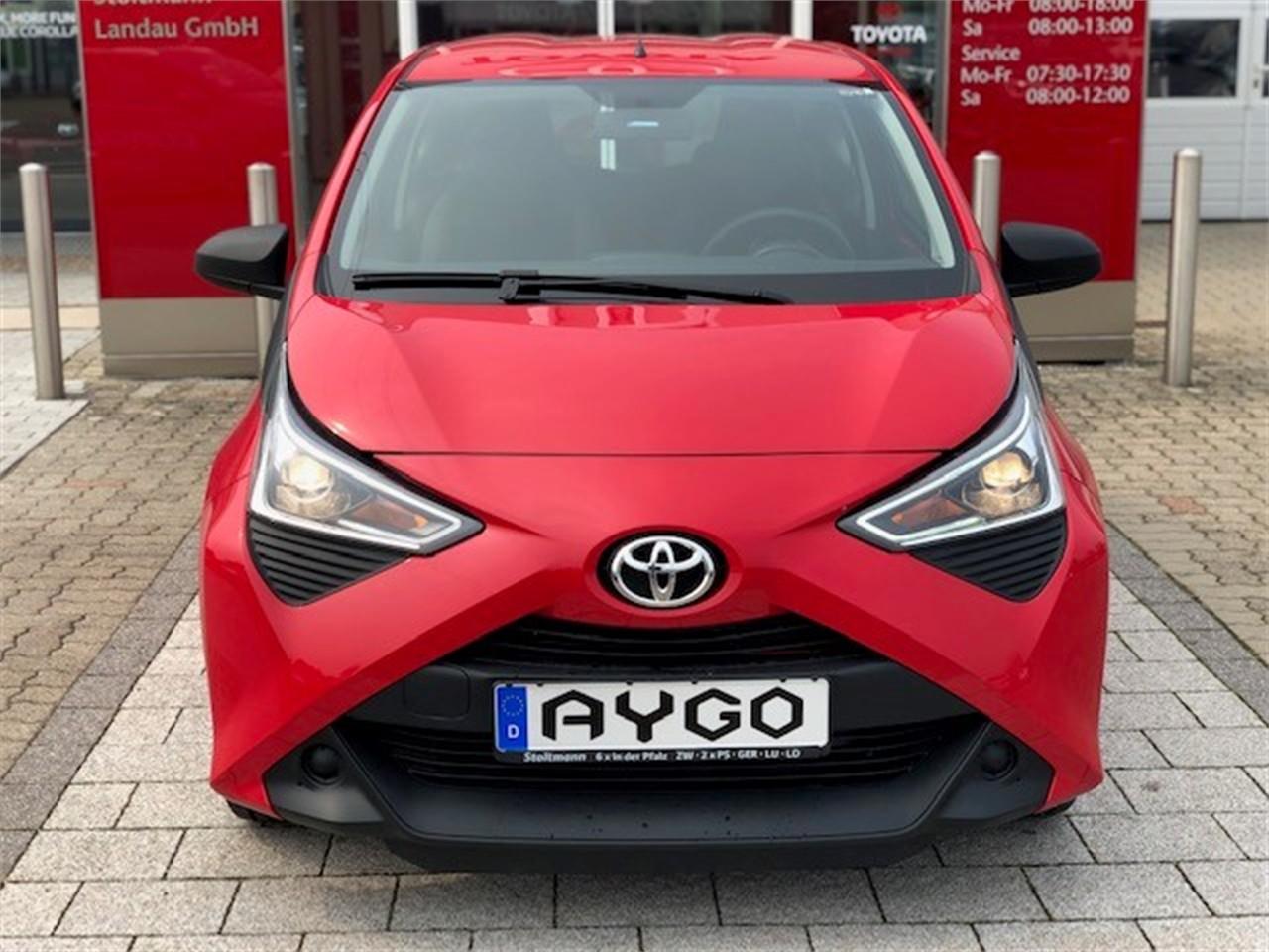 Toyota Aygo 1.0 Tageszulassung 4km Klima ZV EFH 5Jahre Stoltmanngarantie