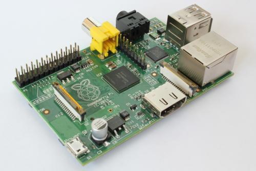 Raspberry Pi, Modell B lagernd für 39,90 inkl Versand.