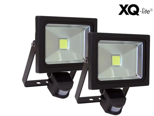 """2x XQ-Lite LED-Außenstrahler mit Bewegungssensor """"1221B"""" (20 W, 1500 Lumen, 5000 K, Kaltweiß, IP 44) [iBOOD]"""