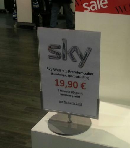 (Lokal Hamburg) SKY Abo - Sky Welt + 1 Premium Paket + 3 Monate HD + Receiver 19,90€ oder Sky Komplett 34,90€ + 60€ Karstadt Gutscheinkarte (Details siehe Dealbeschreibung)