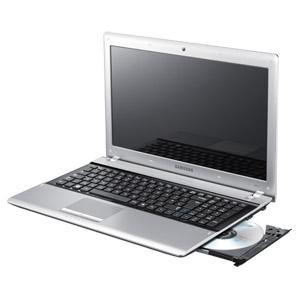 Samsung RV520 Notebook - Core i3 CPU - GeForce Grafik - Windows 7 für 349 € bei Real (Online)