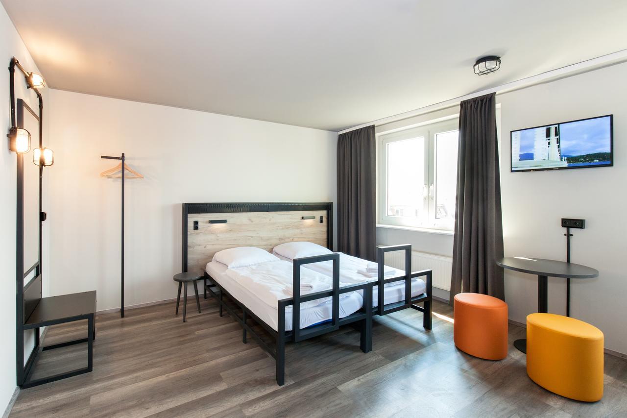 Venedig: Zweibettzimmer für 2 Personen im a&o Venezia Mestre 2 / Feb-Mär