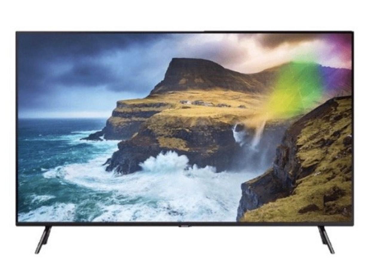 SAMSUNG GQ82Q70RGTXZG QLED TV 82 Zoll für 2679€ (statt 3059€) dank Direktabzug