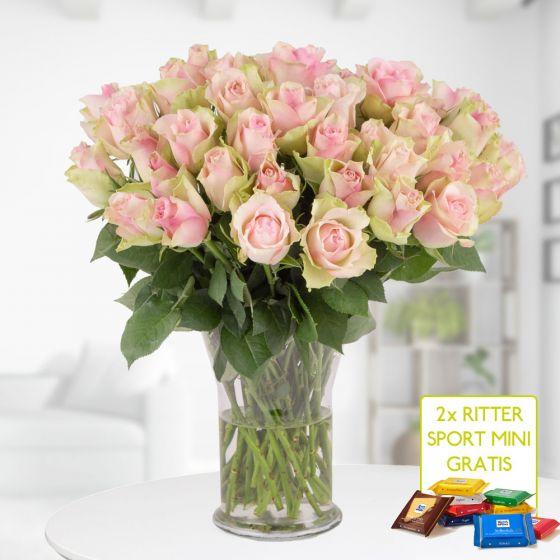 Zum Frauentag (8. März): 40 Pastell Rosen (40cm) + 2 gratis Mini Rittersport