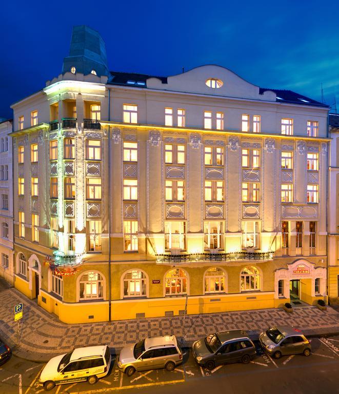 Prag: 4*Theatrino Hotel Doppelzimmer inkl. Frühstück im März / 13€p.P. booking Genius / Alternativ: 14,50 € p.P. trip.com