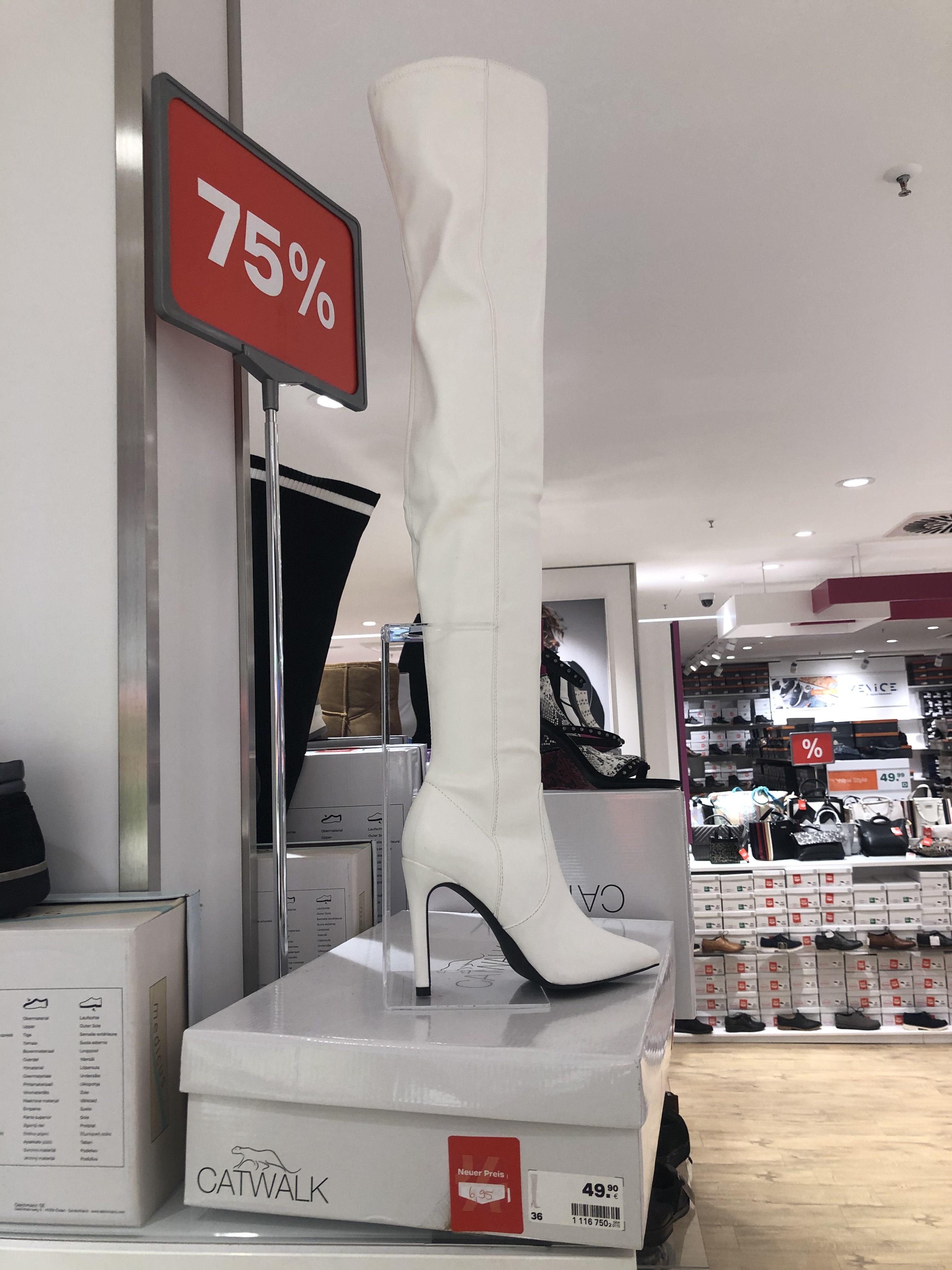 20% auf fast alle Pumps und Taschen bei Ochsner Shoes, z.B.