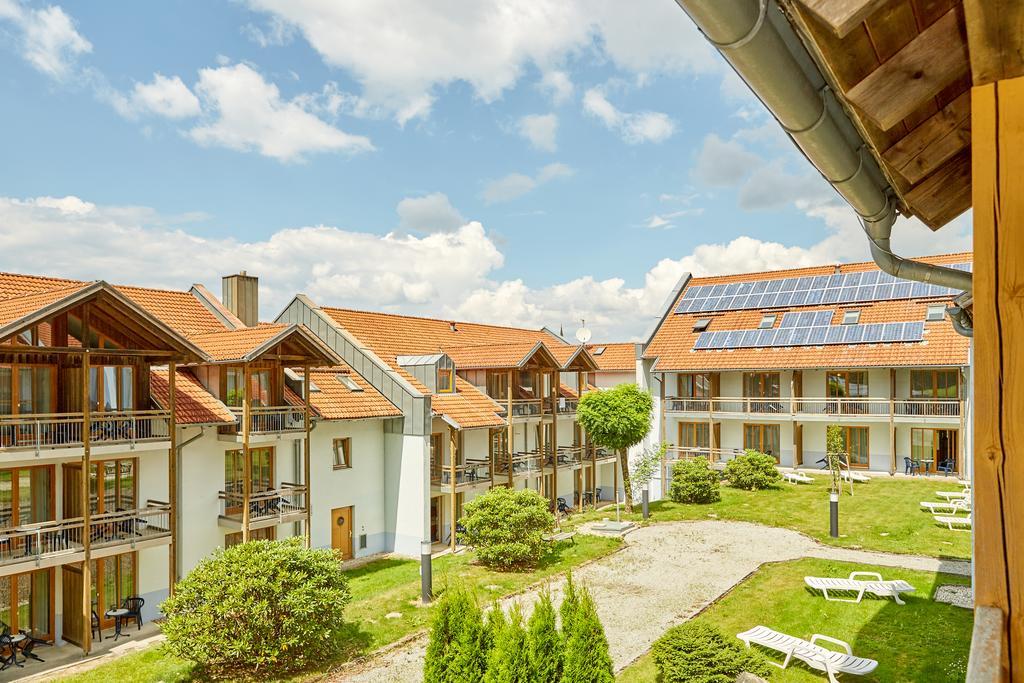 Bayrischer Wald: 3*Sporthotel EZ inkl. Halbpension 23€ & DZ. inkl. Frühstück 32€ / mit Genius 20€ bzw. 28€ /März