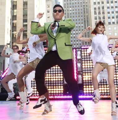 [Lokal ]  Wii - Dancing Stage Hottest Party 1 + Tanzmatte für 5€