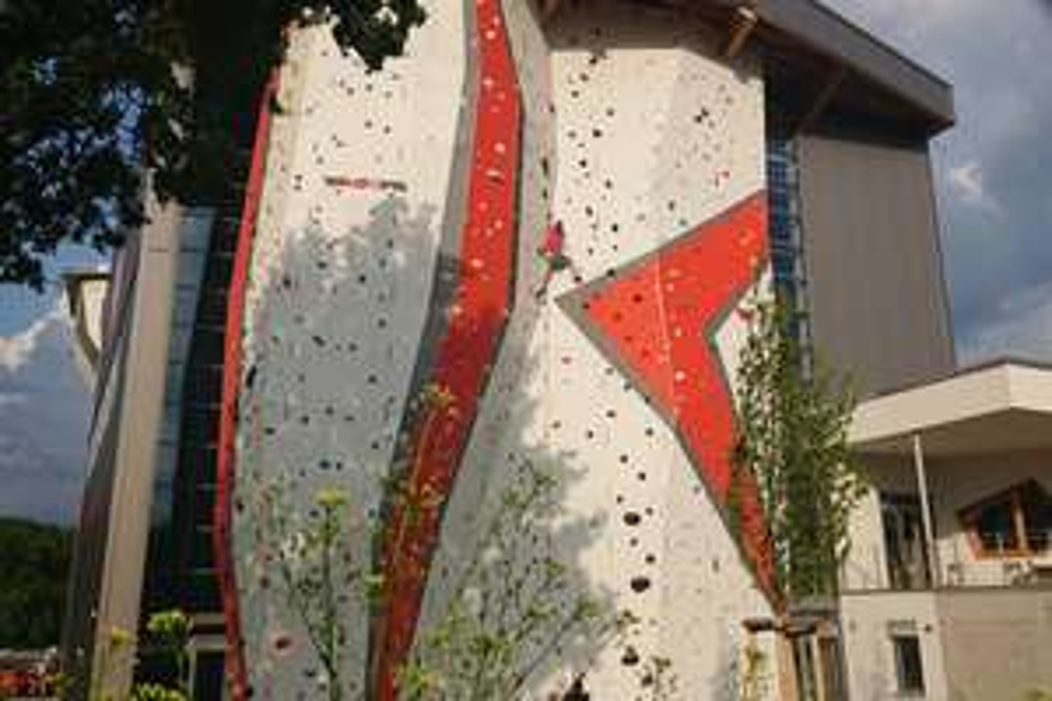 (LOKAL Böblingen) 13x Klettern & Bouldern zum Preis einer 11er Karte im Roccadion