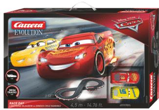 [Saturn] Carrera Evolution Disney Cars 3 Race Day Auto Rennbahn 4,5m Lightning McQueen für 55,-€