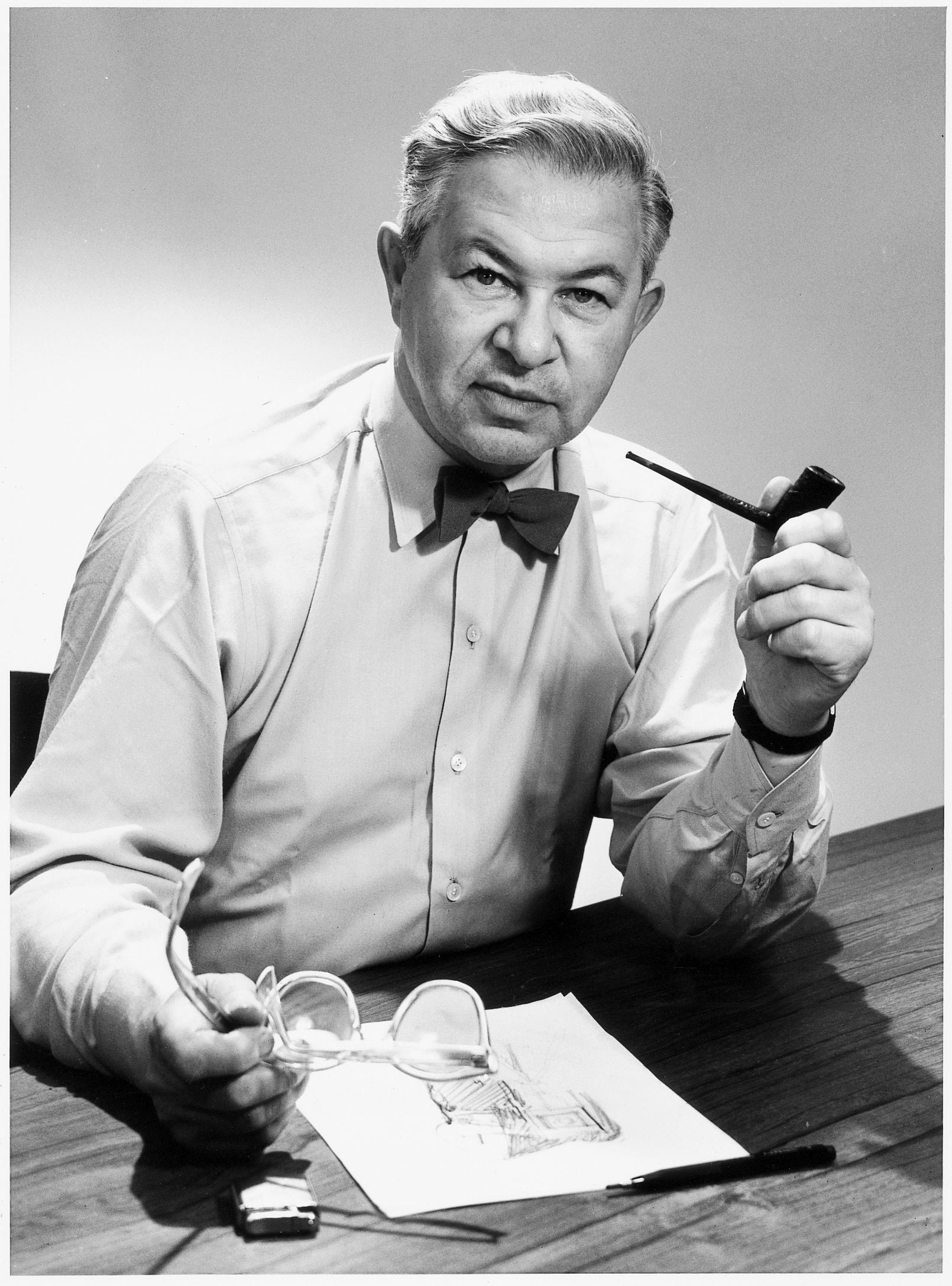 Sammeldeal: Arne Jacobsen, der Meister dänischen Möbeldesigns und Begründer des skandinavischen Funktionalismus