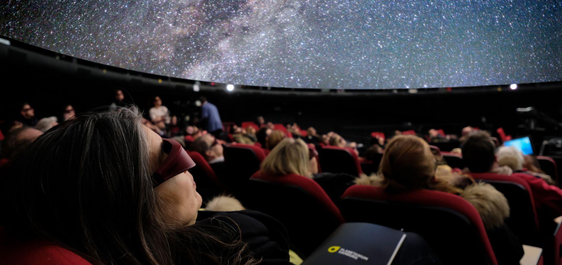 Planetarium Hamburg - kostenlose Führungen, Konzerte, Shows (Live-Streams)