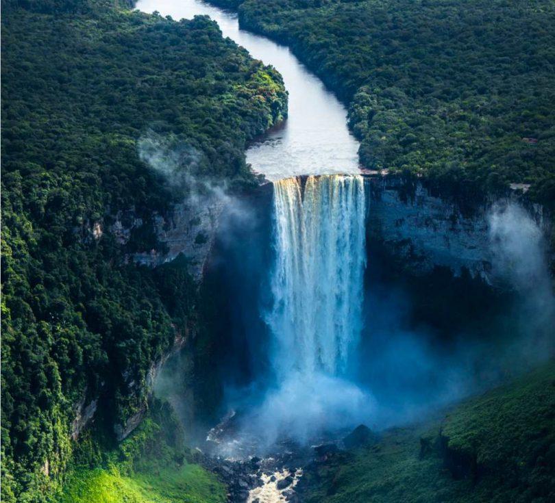 Naturdokumentation: Zu den Quellen des Essequibo - Kostenlos im Stream