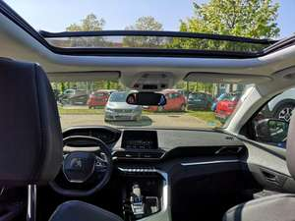 [Privatleasing] Peugeot 5008 inlk. NAVI/ Soundsystem und Rückfahrkamera / Kilometerstand:7.000 km