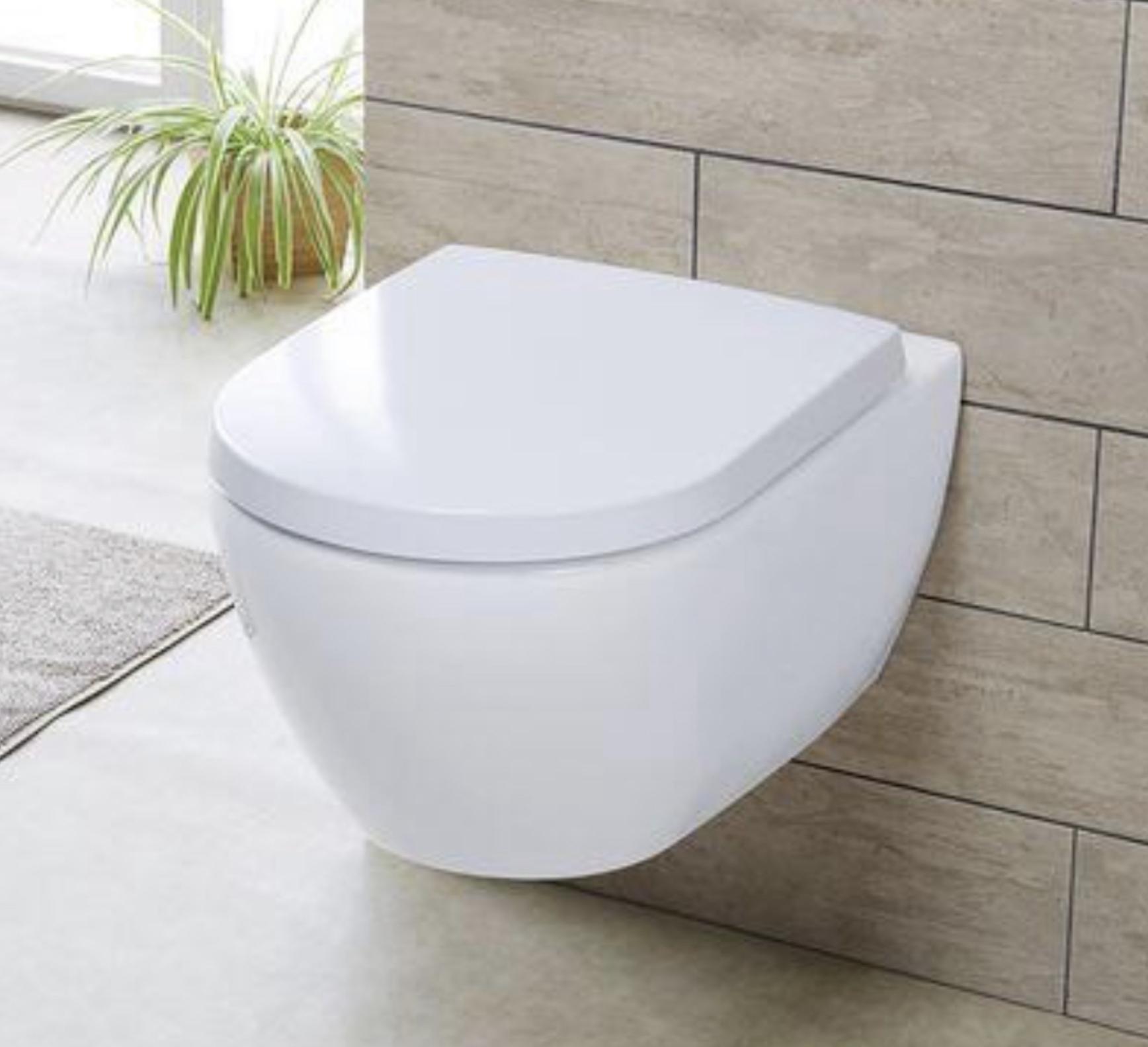 MIOMARE WC-Sitz mit geräuschloser Absenkautomatik moderne D-Form oder Oval Duroplast mit Edelstahlscharnieren u. Schnellverschluß für 12,99€