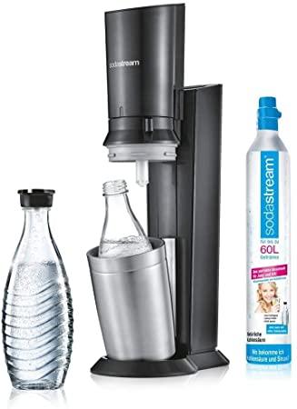 SodaStream Crystal 2.0 (titan) inkl. Glaskaraffe u. Kohlensäurezylinder für 79,99€ +++ 2x Ersatz-Glaskaraffen für 14,99€ (regional)