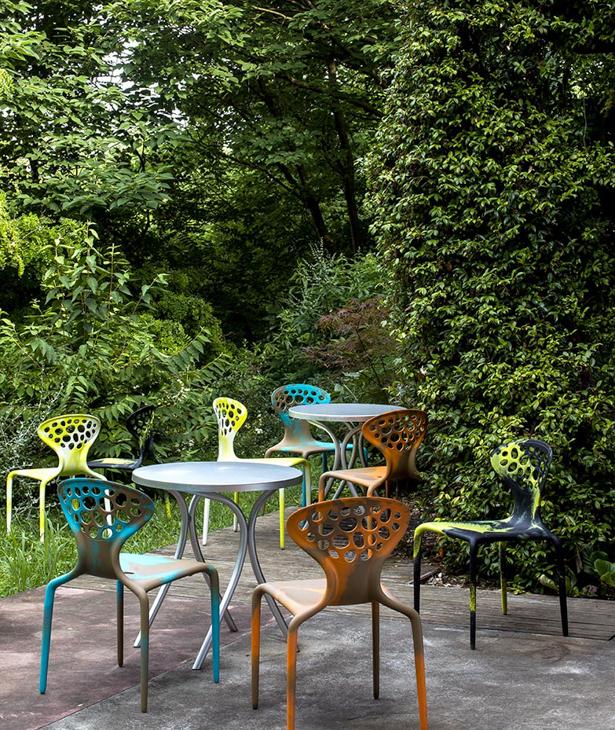 4 Gartenstühle Supernatural von Moroso, Design von Ross Lovegrove [Luisaviaroma]