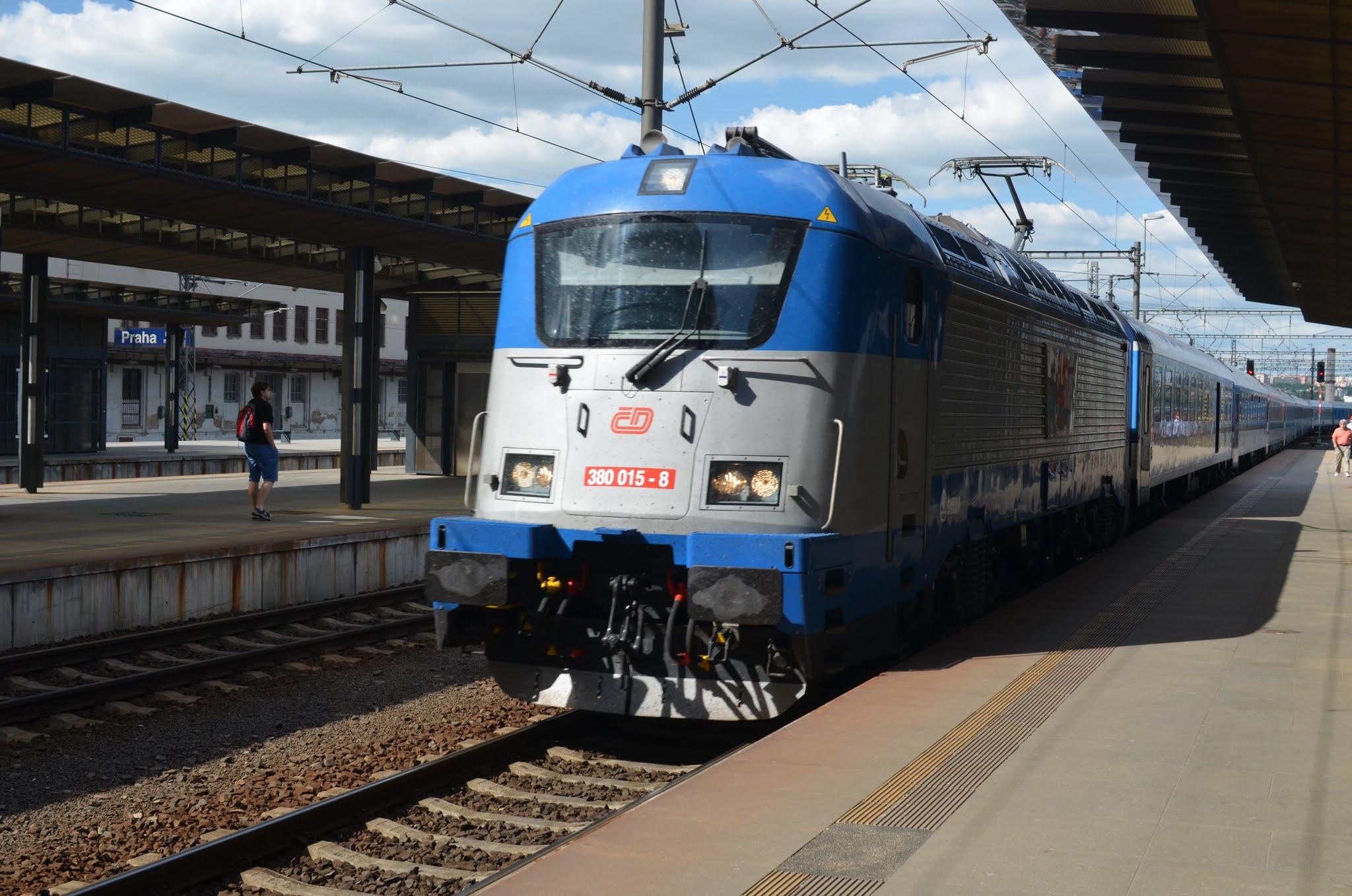 Tschechien: Mit der Bahn durch Tschechien / 7 Tage = 30 €, 14 Tage = 45 €