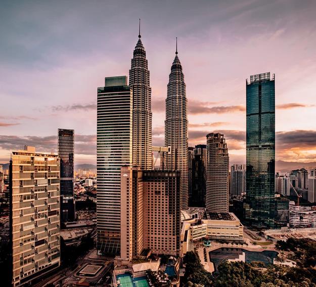 Flüge: Kuala Lumpur / Malaysia (Jan-März) Hin- und Rückflug mit Qatar Airways inkl. Zug zum Flug ab 444€