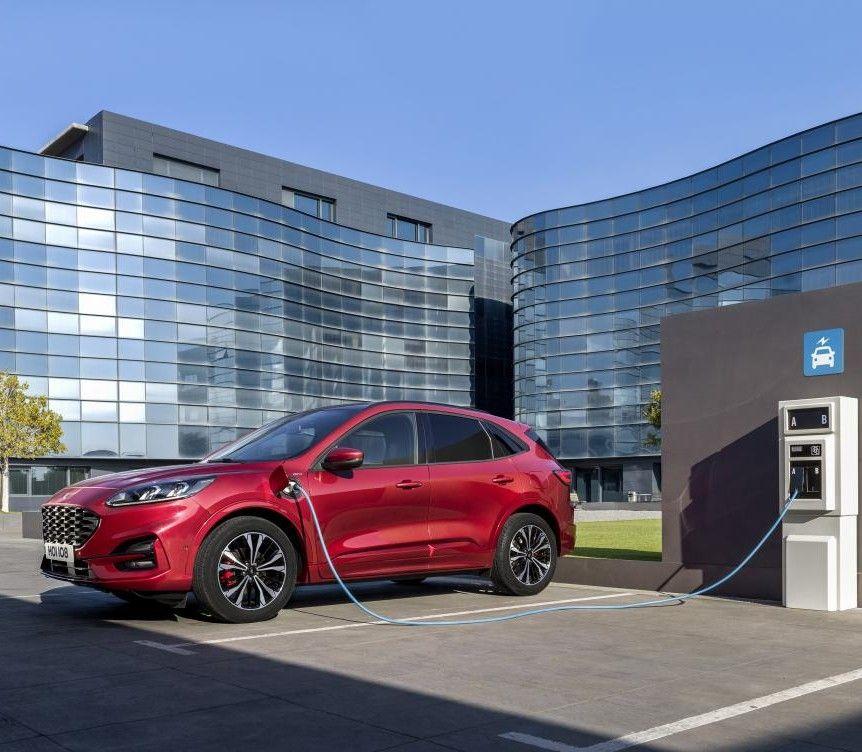 Gewerbeleasing: Ford Kuga Hybrid 2.5 / 224 PS für 31€(netto) im Monat / LF:0,09 - Gkf:0,19