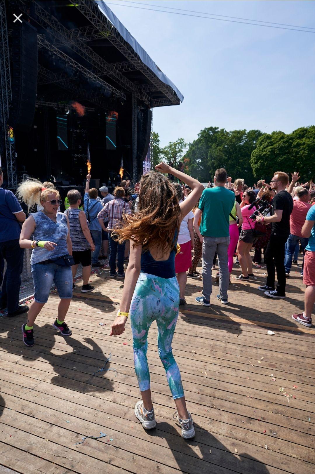 """50 Euro Getränkegutschein für Festival """"The Island"""" mit Code: MOLLY50"""