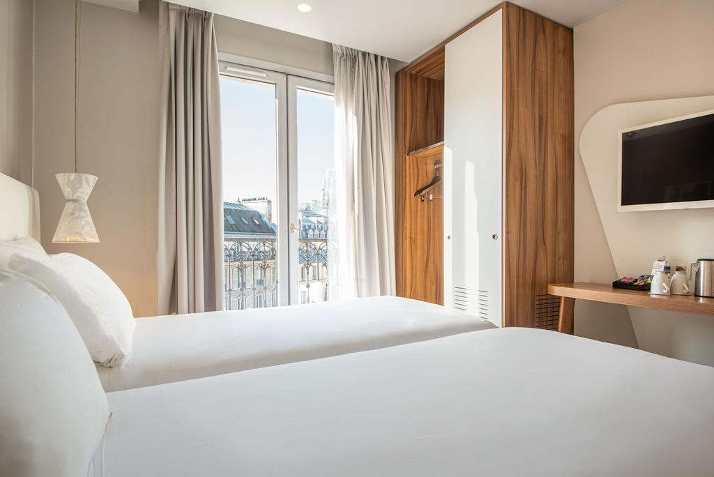 Paris-Wochenende im zentralen Hotel Magenta 38 für 201€ p.P. inkl. Flug, Frühstück & kostenl. Stornierung
