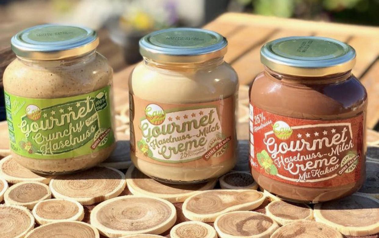 [Edeka & Marktkauf Nord] Cay Gourmet Haselnuss - Milch - Creme (ohne Palmöl dafür mit 25% Haselnuss) - versch. Sorten für 2.49€