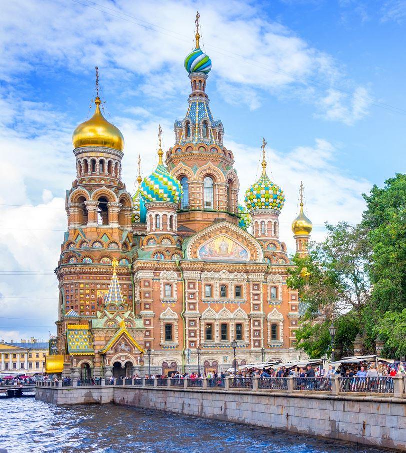 Flüge: Sankt Petersburg / Russland [Nov. - Dez.] Hin und Zurück Nonstop mit WizzAir von Salzburg ab nur 39,18€
