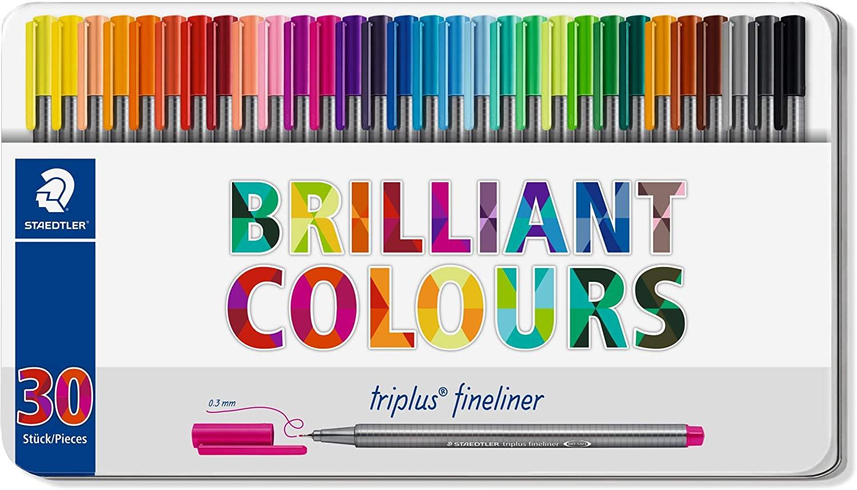 Staedtler Fineliner triplus dreikant, hochwertiges Metalletui mit 30 brillanten Farben, metallgefasste Spitze für 14,99€ (Müller Abholung)