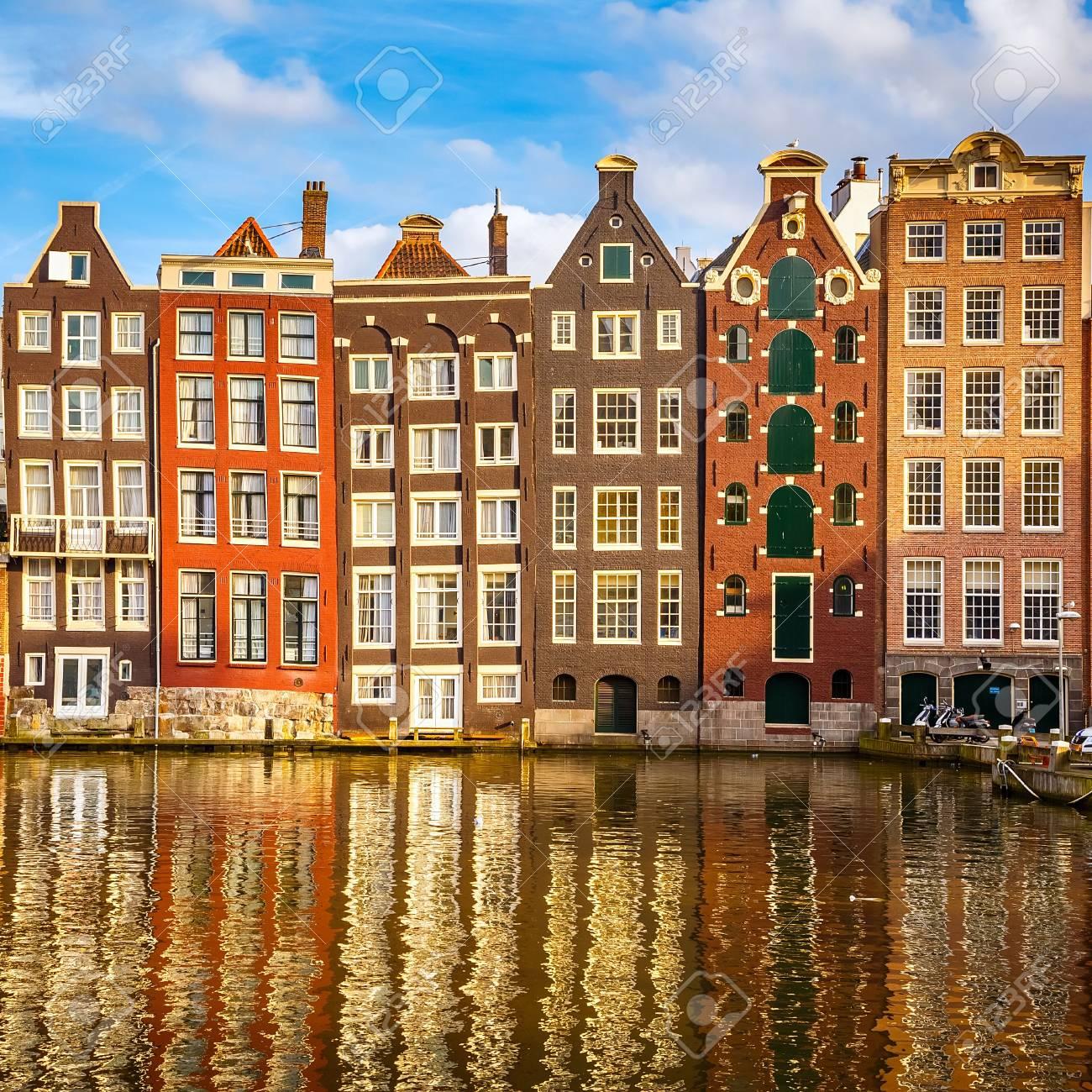 Amsterdam: 4*Eco-Hotel Four Elements - 2 Personen - Doppelzimmer inkl. Parkplatz, Late Check-Out - 24,50€ pP / Gratis Storno /Juli-November