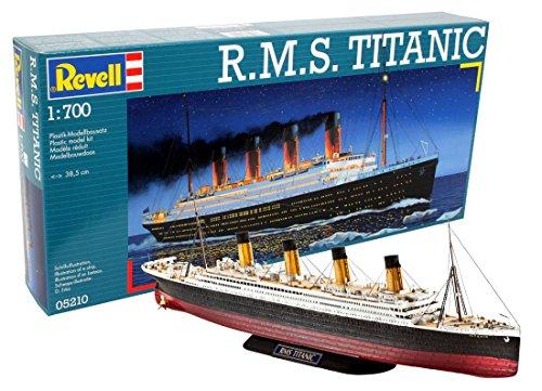 Revell Modellbausatz Schiff - R.M.S. Titanic im Maßstab 1:700, Skill-Level 4 für 12,84€ (Amazon Prime)