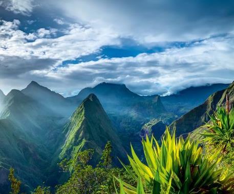 Flüge: La Reunion (Sept) Nonstop Hin- und Rückflug mit French Bee von Paris ab 317€