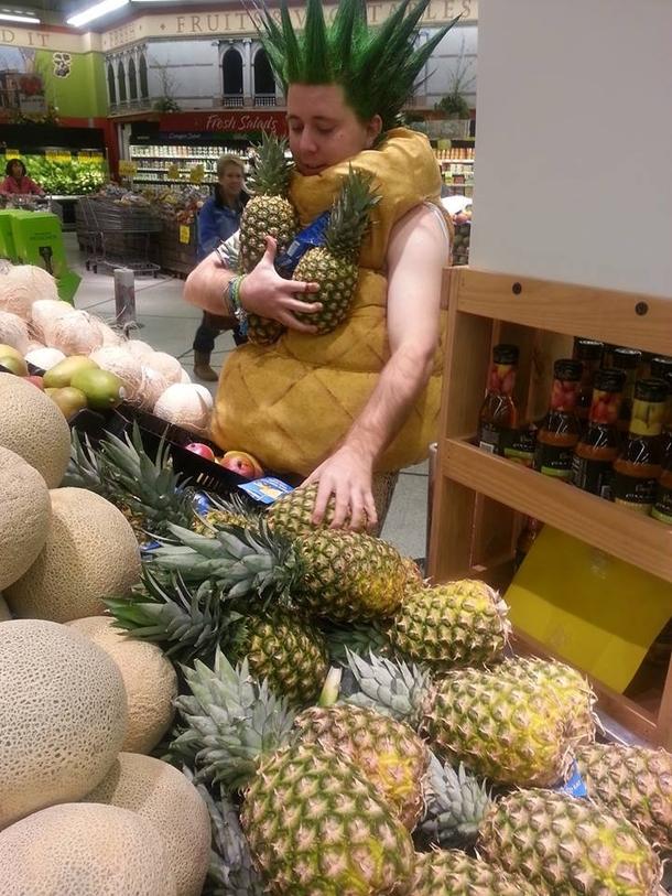 [Penny] 1 Ananas für 0.97€ | Knoppers Erdnussriegel o. Schnitte 1.39€ | Coca Cola Friendspack für 3.79€ | Milka Haselnusscreme für 1.99€