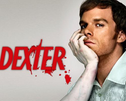 Dexter Season 1, 2, 3 und 4 auf DVD für jeweils 9,99€ + FSK18-Versand (Amazon.de)