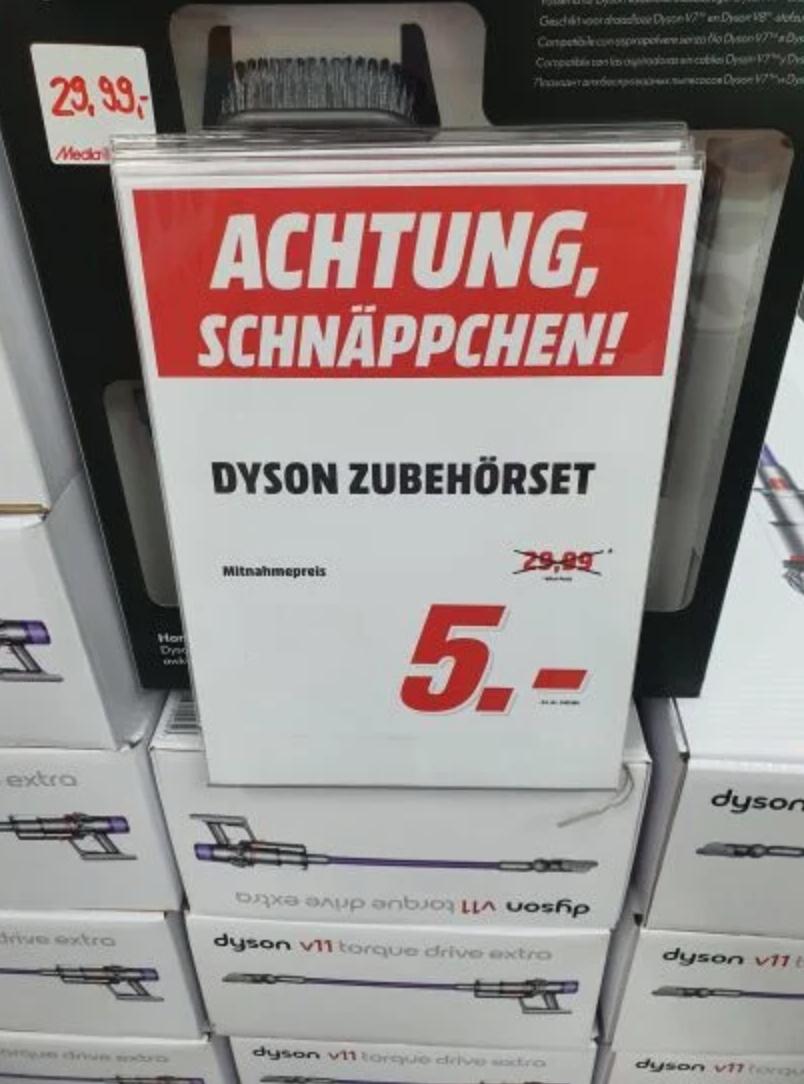 [Media Markt Lokal Potsdam] Dyson 968334-01 V7/V8 HAUSPFLEGE SET