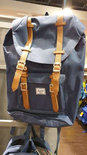 [Lokal Berlin] TK Maxx Alexanderplatz Herschel Little America Backpack Mid-Volume
