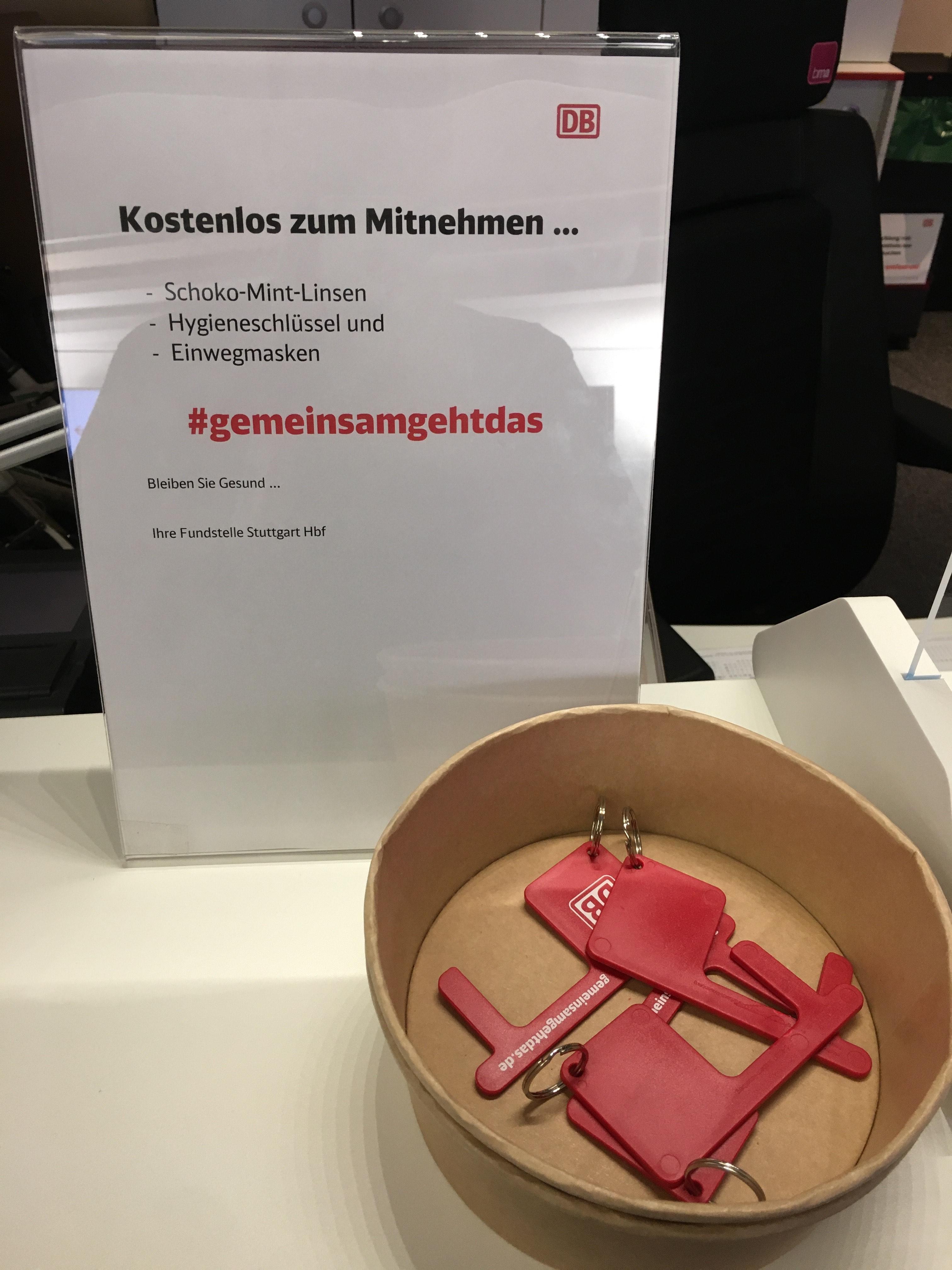 FREEBIE [LOKAL] Stuttgart Hbf DB Hygieneschlüssel, Einwegmaske oder Schokolade