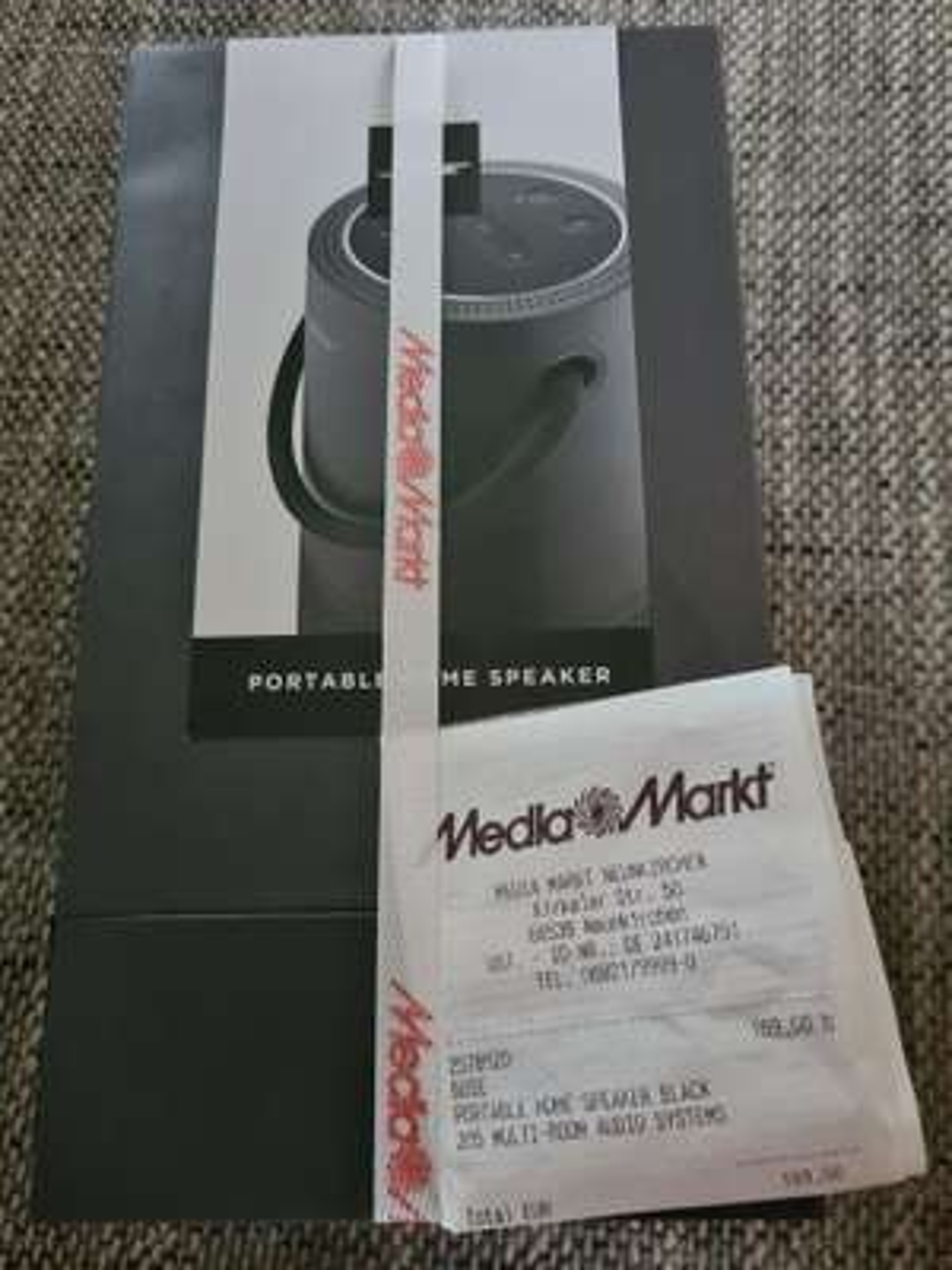 [Lokal Neunkirchen] BOSE Portable Home Speaker Wireless Lautsprecher in Schwarz und Weiß