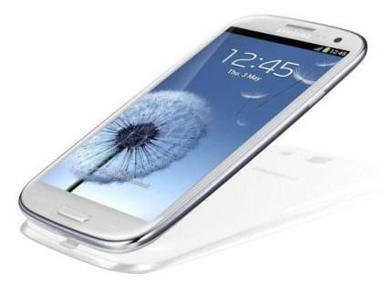Samsung Galaxy S3 (weiß oder blau) + Vodafone Basic 100 Spezial für 19,99 p. M. @ Handyflash