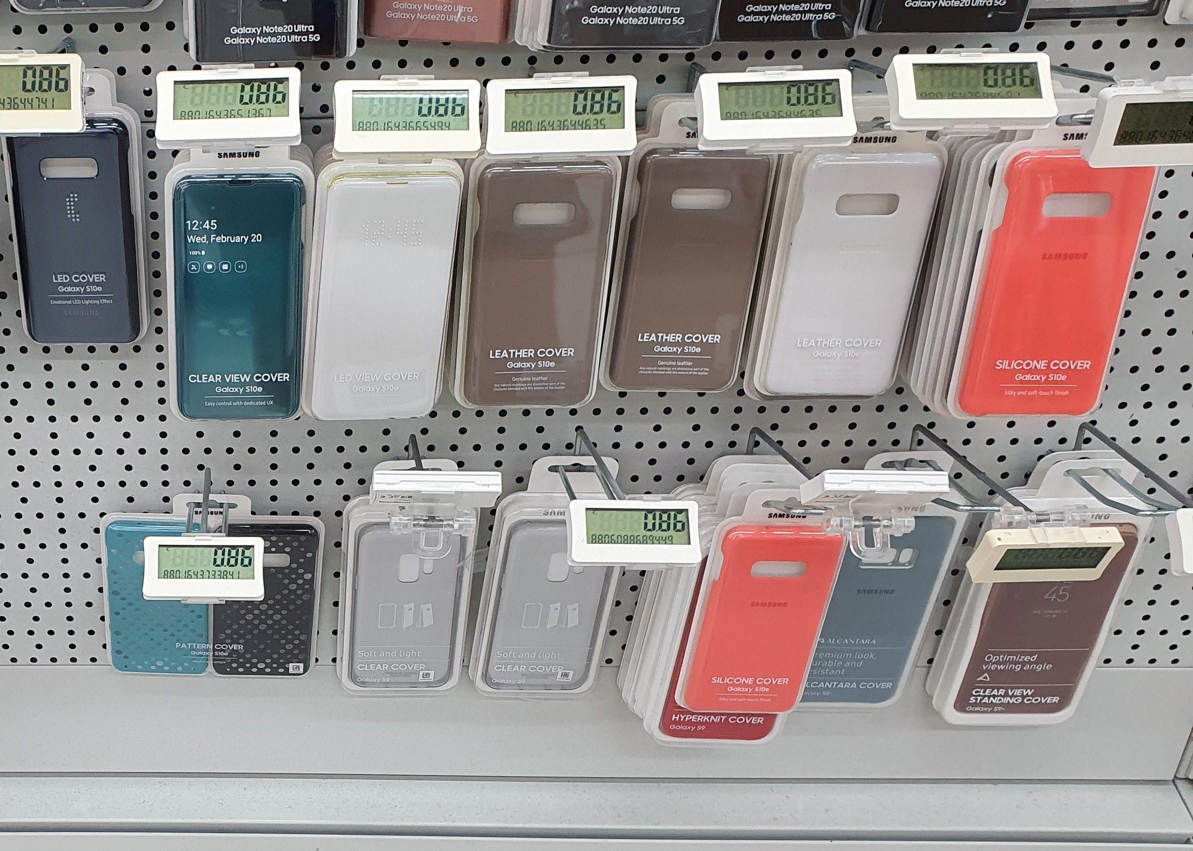 Lokal Saturn Karlsruhe Durlach Diverse original Samsung Cover und Cases für Galaxy S10, S10e, S10+, S9, S8, A70...