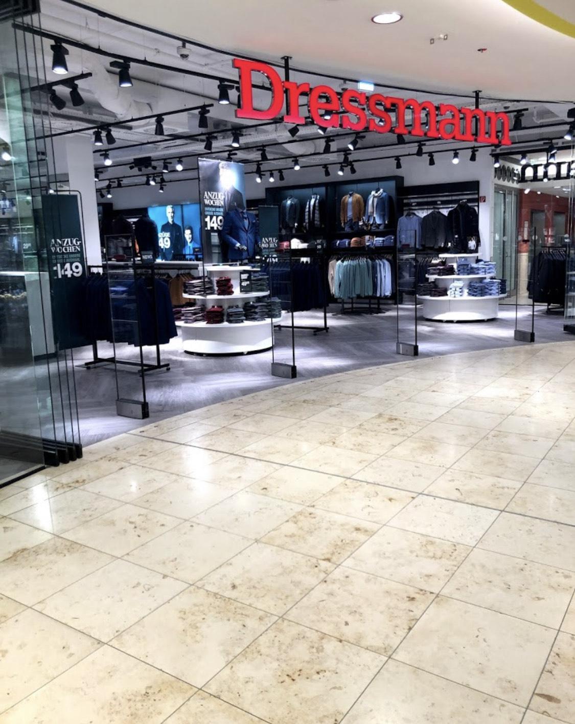 Räumungsverkauf 70% auf alles   Betrifft alle Dressmann Stores in Hamburg