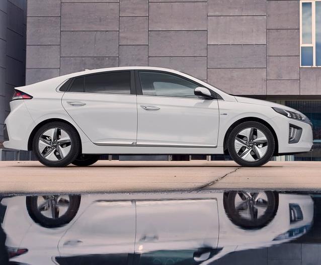 Gewerbeleasing: Hyundai Ioniq GDi Plug-In Hybrid 1.6 / 141 PS (frei konfigurierbar) für 46€ (netto) im Monat / LF:0,17