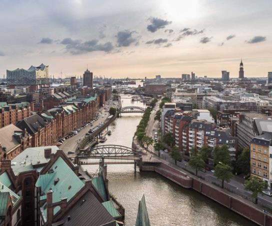 Hamburg: Doppelzimmer im Premier Inn für 30€ pro Nacht (Dez-Jan)