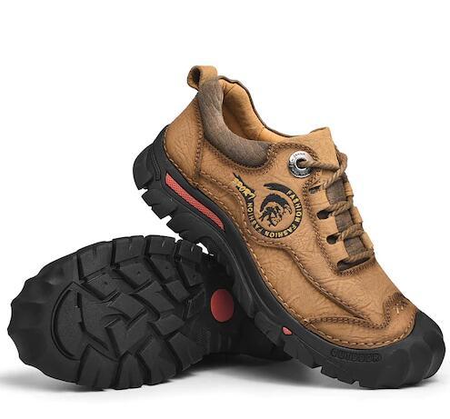 Leder Outdoor-Schuhe zum Wandern (wasserfest, anti-rutsch) für 39,87€